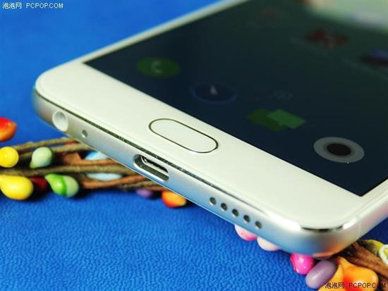 冷艳仙境展现高端质感 魅蓝X手机评测