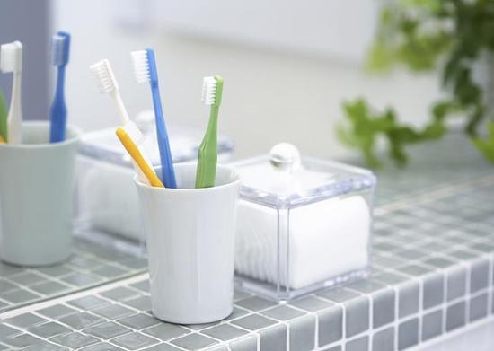 凭一个牙刷就想骗我谈恋爱,如此秀恩爱最为致命 | 生活方式