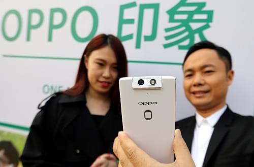 外媒:OPPO在华取代iPhone地位 每1.1秒卖出1部的照片