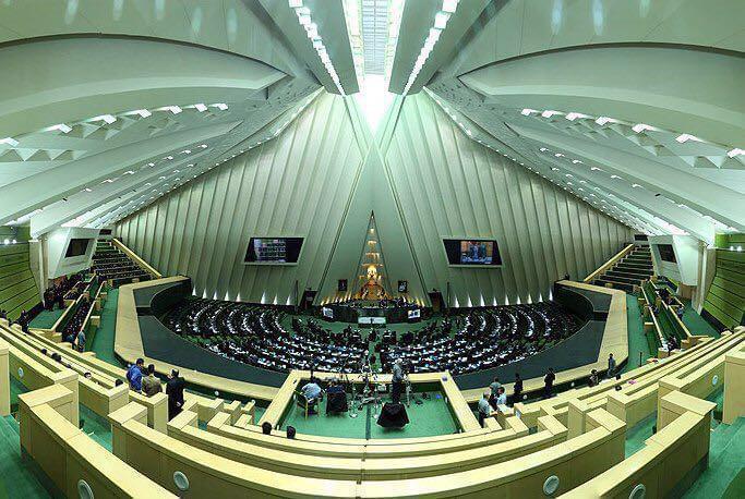 伊朗通过对抗美国议案:拨款约3亿美元增强导弹能力
