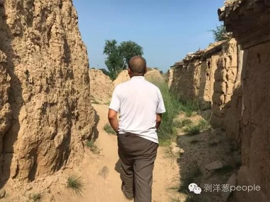 天津遇难编外消防员家属一年未工作