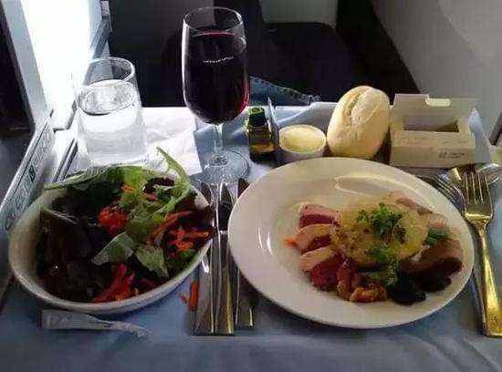 史上最全飞机餐攻略 有的堪比法式大餐
