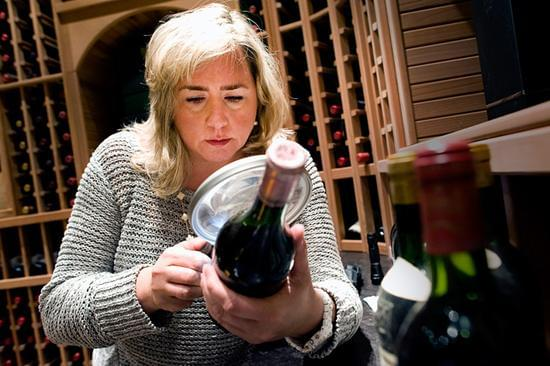 莫琳·唐妮(Maureen Downey),葡萄酒鉴定师