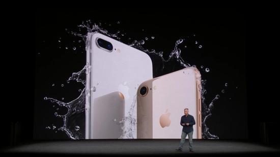 虽然有人排了11天,可iPhone 8在亚洲澳洲遇冷(图)
