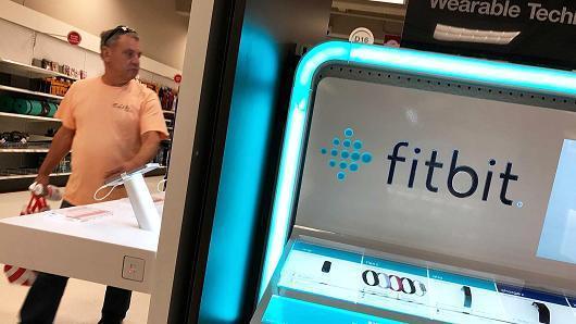 想避开苹果锋芒,传Fitbit正在开发儿童智能手表