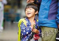 4岁女儿随父母徒步游半个中国:我不想上幼儿园