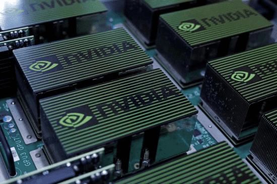 英伟达推下一代全自动驾驶芯片 明年将正式应用