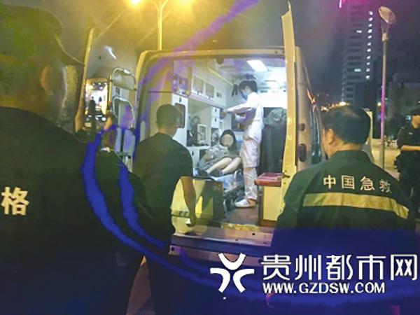 23岁女子抱刚出生女婴欲跳河 警察询问知难言之隐