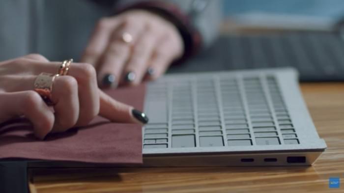微软高管解释:为何Surface Laptop没有配USB-C端口的照片