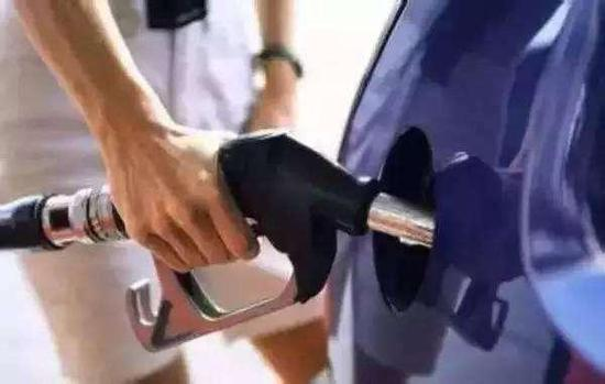 巧用这些万博ios 让你开车轻松节省半箱油