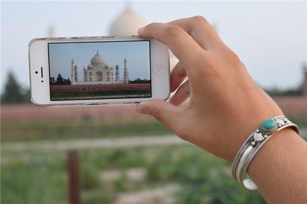 """苹果要求印度政府不要把iPhone""""退网"""":遭拒绝"""