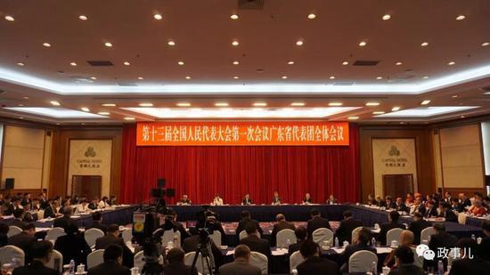 广东省委书记李希23分钟回答了一个很重要的问题