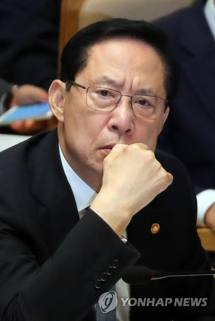 文在寅任命韩国新防长 曾是F