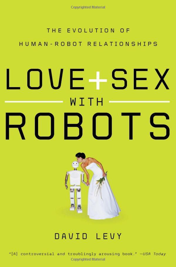 外媒称机器人与人类结婚将实现的照片