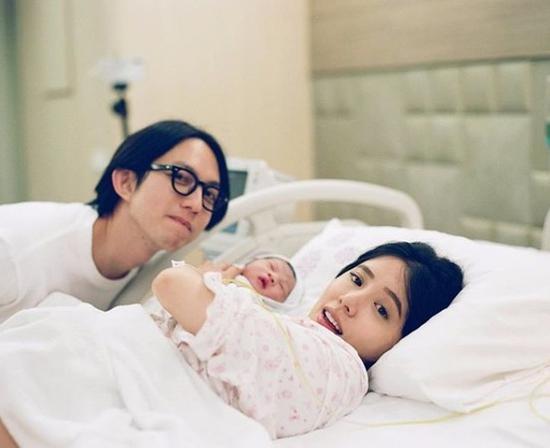 林宥嘉、丁文琪7月迎来儿子酷比。