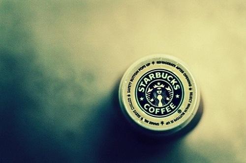星巴克澄清:不接受加密货币买咖啡 要先转换为美元