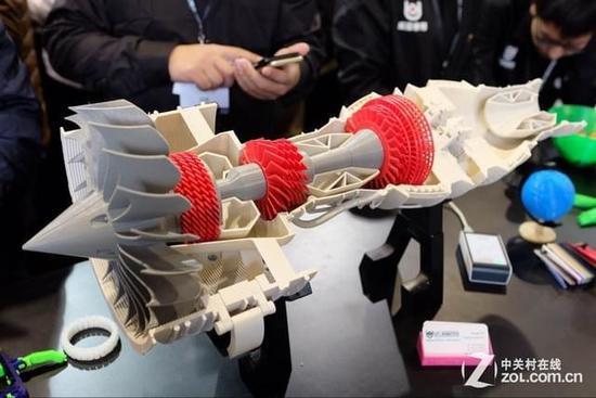 告别冰冷!3D打印柔软的章鱼机器人