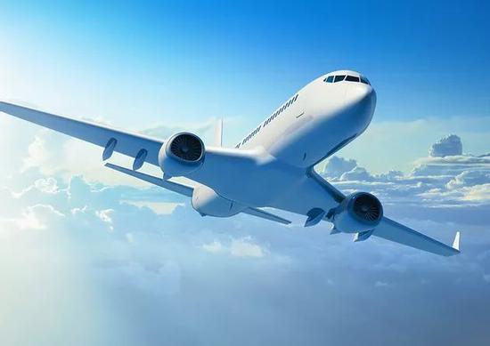 """称2月1日起,春秋航空所有国内国际地区航班将""""松绑""""手机禁令,届时"""