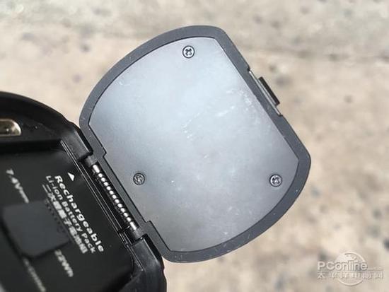 户外使用突然没电,换一块电池又能重新复活,避免挂充电宝的尴尬,600