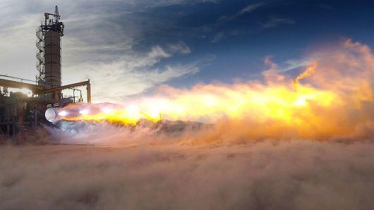 贝索斯的蓝色起源接发动机大单. 成 SpaceX劲敌