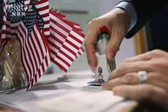 美国调整EB-5投资移民申请费用 将于12月底生效