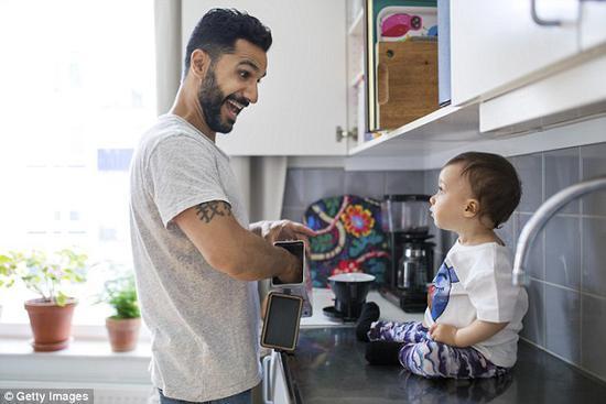 虎父无犬子,研究称孩子长得越像父亲越健康