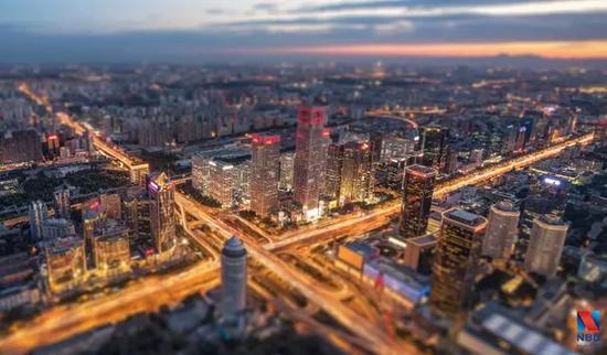 北京首个共有产权房业主签约 一套两居室省200万