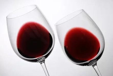 专家告诉你:有缺馅的葡萄酒有些什么特征