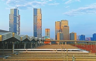 郑徐高铁昨日开通 中国高铁迈入2万公里新时代