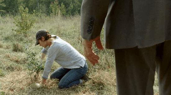 临近尾声:《行尸走肉》第七季发布第15集预告