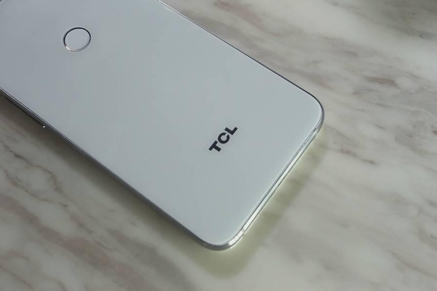 TCL 520发布:主推美颜功能 售价1290元的照片 - 12
