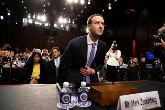Facebook欧美日活用户数下降,股价暴跌超20%