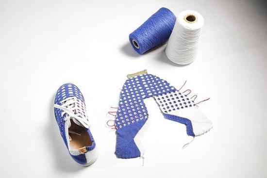 缝纫机发明200年后卷土重来的新式智能缝纫机的照片 - 4