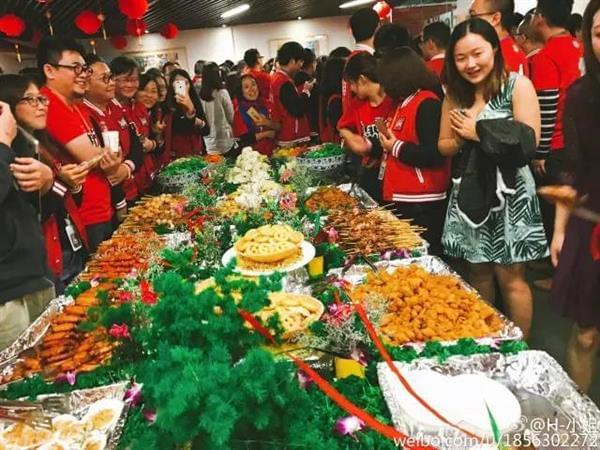 来看看阿里员工奋战双11的饕餮盛宴的照片 - 10