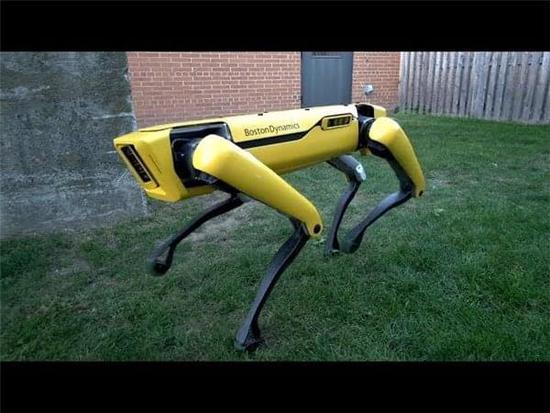 波士顿动力公司带来更先进的SpotMini机器人