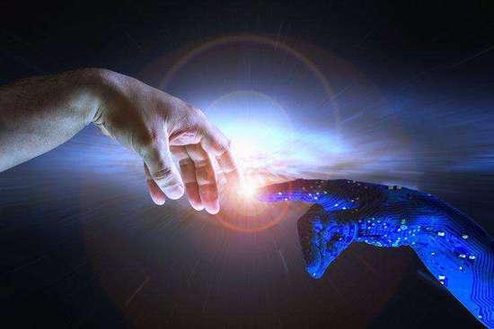 未来学家:AI将比人聪明数十亿倍 需要融合才能生存