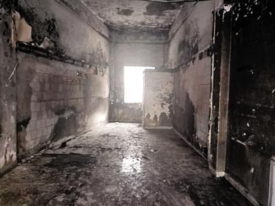 糕点店突起大火,老板9万元现金烧成灰烬