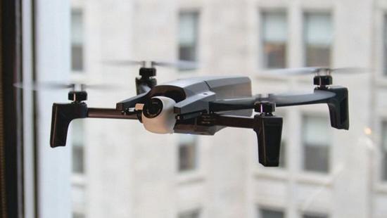 Parrot推出4K迷你版无人机Anafi:仅重320g