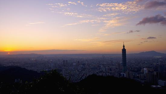 比电影精彩的台湾政坛:商、政、黑道三种势力交织