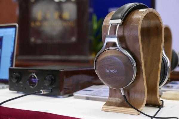 天龙旗舰耳机D7200实拍 采用实木外壳的照片 - 11