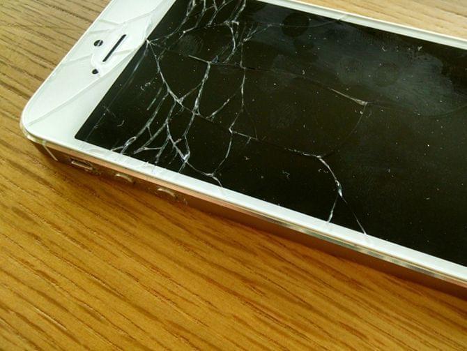 修碎屏iPhone神器来了,第三方修理中心将部署