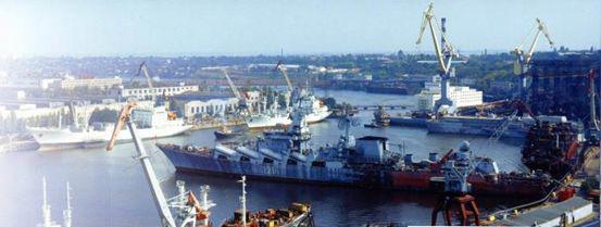 """辽宁舰""""娘家""""黑海造船厂破产 军迷怒其不争"""