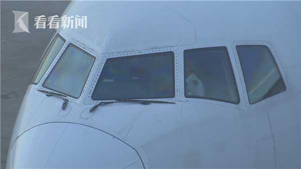 """月薪2万美元 中国航空公司全球高薪""""挖""""机长"""