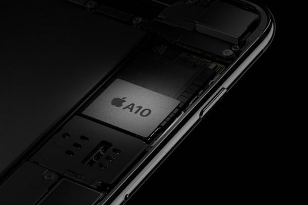 手机内存容量狂飙6/8GB DRAM内存价格疯涨26%的照片