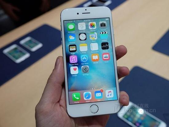 苹果 iphone 6s(全网通) 触摸屏类型 电容屏,多点触控 主屏尺寸 4.