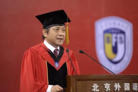北外校长彭龙寄语毕业生:你们生逢其时也重任在肩
