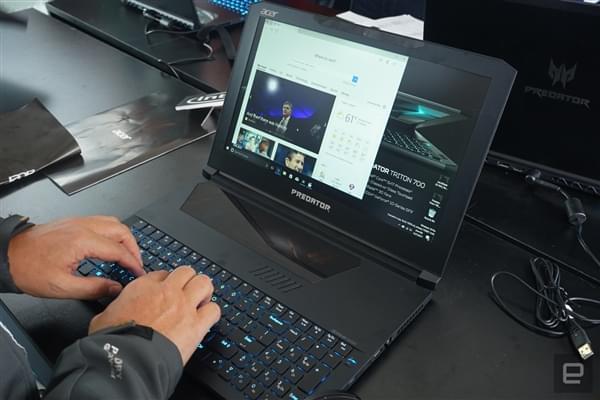 透明触控板+机械键盘 宏碁超薄i7游戏本Predator Triton 700发布的照片 - 5