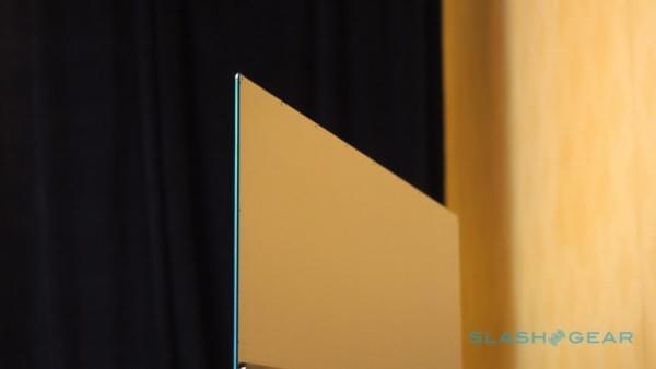 薄至4.9mm 小米电视4 CES现场图赏的照片 - 5