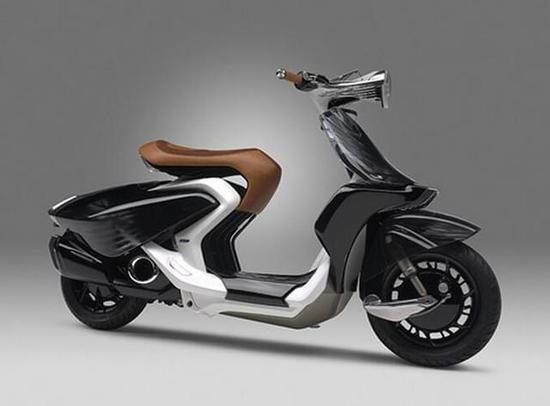真的能飞吗? 摩托车竟然长出了两翅膀