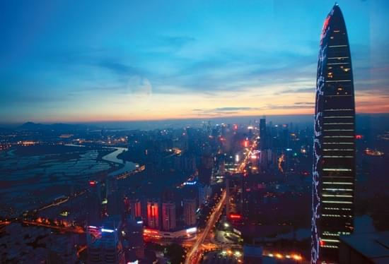 专访深圳市市长许勤:打造深圳标准 提早布局未来产业